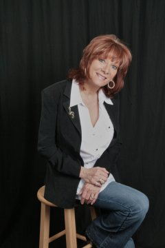 Deanna Adams Author Pic (2)